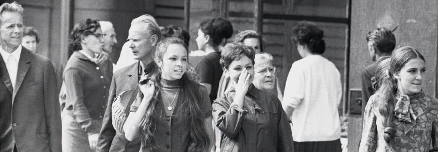 """ETV telelavastus """"Armastus armastus"""" välivõtted 1969, fotograaf Jüri Tenson, Eesti Kunsimuuseumi fotokogu"""