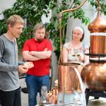 Hüdrosoolide aurdestillatsiooni töötuba Tallinna Botaanikaaias